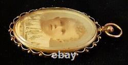 9 carat solid gold vintage Victorian antique open locket pendant