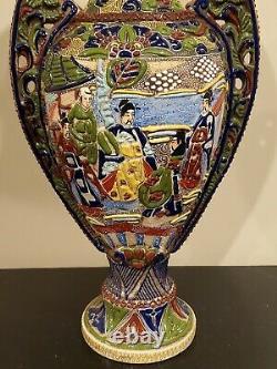 Extremely fine Antique c. Meiji Japanese Moriage Satsuma Detail Handpainted Vase