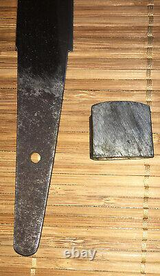 Fine Edo era Japanese Hirazukuri- Slab Sided Tanto Dagger, formal black mounts